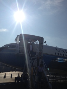 Ben deplaning Air Force One
